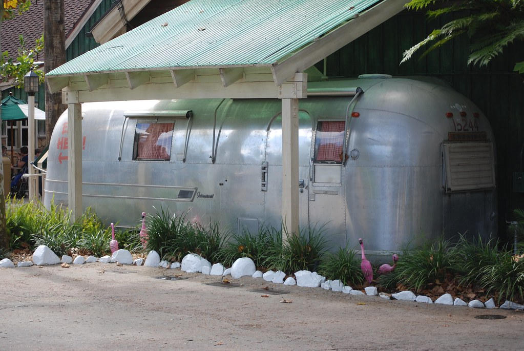 Airstream International at Animal Kingdom's Restaurantosaurus