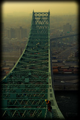 (waabill) Tags: bridge smog jacquescartier guillaumepelletierphotographiecom