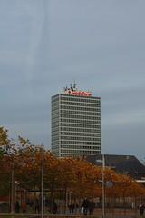Vodafone Tower (mtiger88) Tags: city building deutschland district stadt nrw dusseldorf dsseldorf bauwerk gebude duesseldorf nordrheinwestfalen rheinland kreis brd bundesrepublikdeutschland northrhinewestphalia frg rheinkreis vodafonetower rhinearea mitger88 mtiger federalrepublicgermany