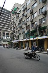 (arnd Dewald) Tags: china window facade shanghai fenster streetphoto   shanghaiist fassade  arndalarm zhnggu huanghelu huangheroad img2005l1v301eklein