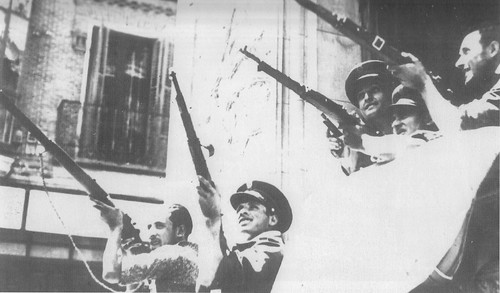 Guardias de Asalto en el Hotel Castilla de Toledo en verano de 1936