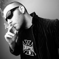 My self!! (Marcos Caviccioli) Tags: man sunglasses myself smoke autoretrato cigar macho homem careca gostoso gato lindo