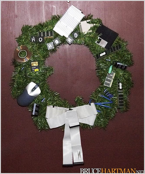 . Inventive Christmas decorations for computer geeks   Pingdom Royal