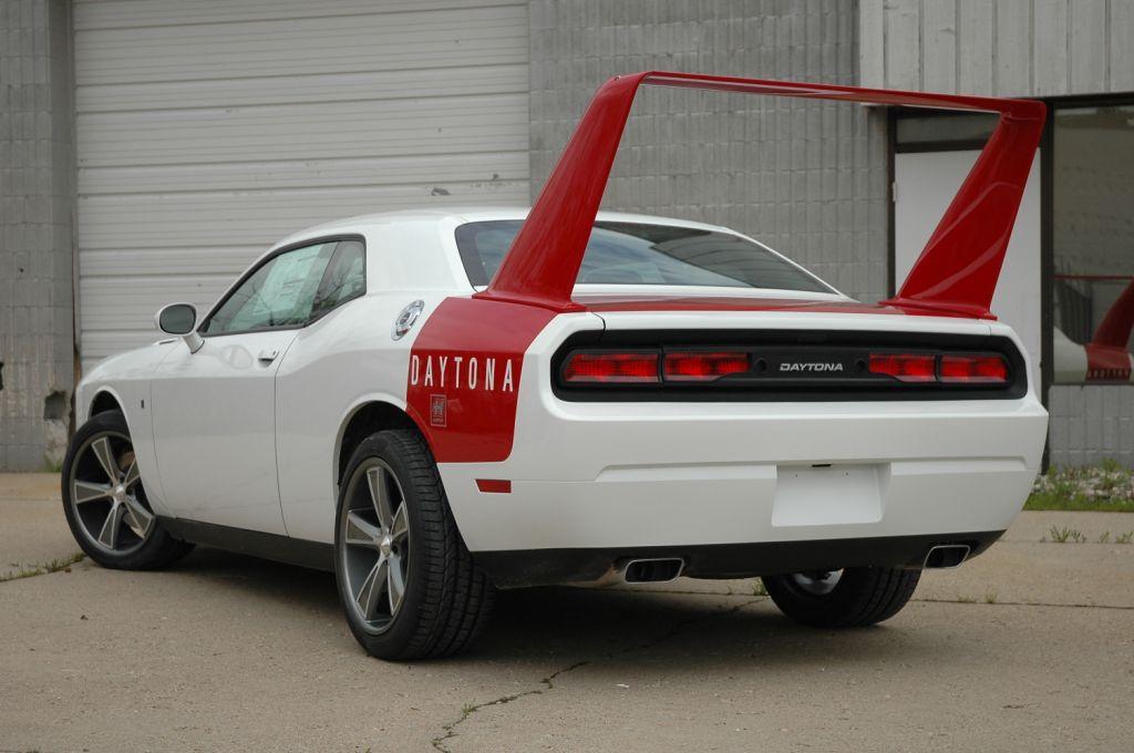 BPAG/HPP Challenger Daytona (White) PICS