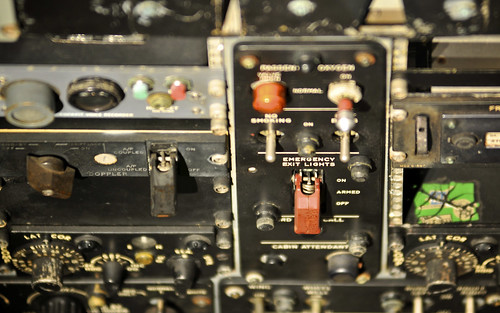 Boeing 707 Controls - Emergency Exit Lights