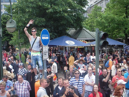 Wittenburg Platz Crowd