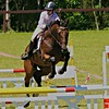 Show Jumping - look right