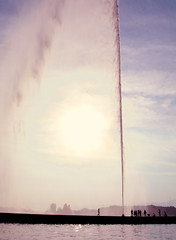 Jet d' Eau Geneve (Yadi...) Tags: switzerland eau geneva geneve d jet ginebra suiss