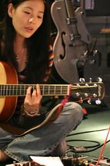 Rehearsal (Davidrummer) Tags: music canon eos 350d cafe riverside band taiwan rocker taipei   deserts ef70200mmf4l livehouse   iso80 digitalshot iso8001600