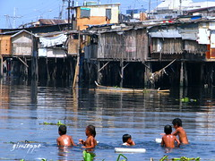 swimming. (innow) Tags: poverty compound philippines manila smrgsbord parola tondo kahirapan