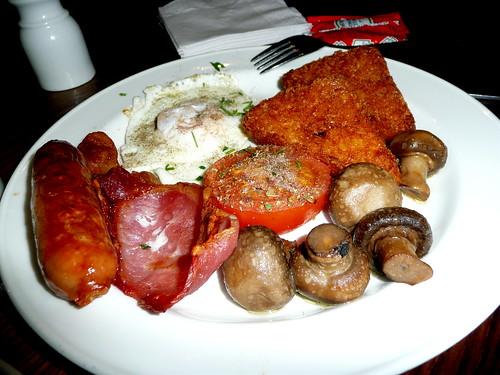 Full British Breakfast before the flight