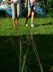 Grass at Bon-Bon (3nabut1) Tags: feet grass bonbon amorseco butuancity chescavilanueva neliamonet