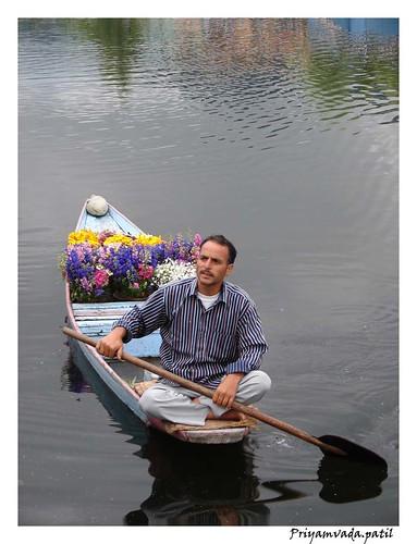 2620286813 f183291df4 Las riquezas naturales e históricas del Lago Dal