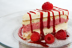 White Chocolate Raspberry Mousse Cake (M.Sheldrake) Tags: white cake fruit recipe chocolate cream sugar raspberry mousse powdered strobist canonefs1755mmf28isusm epicurius