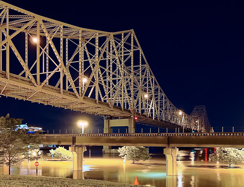 Laclede's Landing, in Saint Louis, Missouri, USA - bridge at night