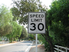 speed limit 30 mph