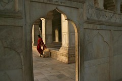 Red Sari... (cmac66) Tags: woman india agra sari redfort agrafort theredfort abigfave diamondclassphotographer flickrdiamond peachofashot lpstairs