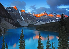 Mountain Sunrise (Surreal McCoy (Alvin Brown)) Tags: lake canada mountains sunrise scenery alberta banff moraine morainelake impressedbeauty aplusphoto favemegroup7