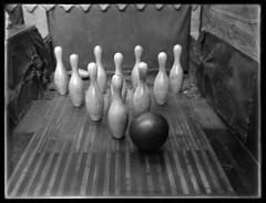 Women Bowling