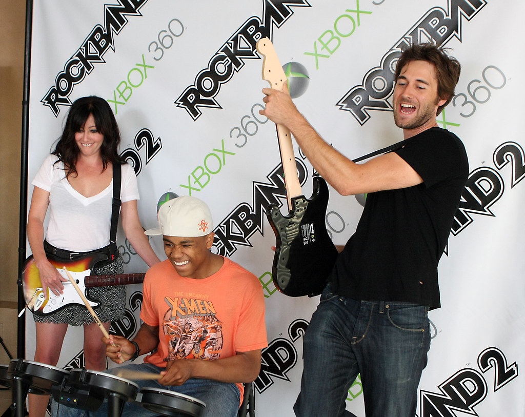 90210 Rock Band 2 Party