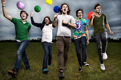 Render Me Speechless (www.gageyoung.com) Tags: colour me colors field canon balloons orlando promo jump colorful florida render alien young band run bee 5d colourful skip press promotional boca 800 strobe gage speechless roton strobist octabox