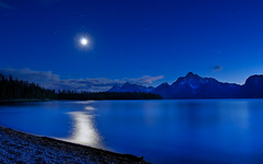 Tetonic Moonshine (Fort Photo) Tags: blue moon mountain lake mountains reflection nature night landscape evening nikon bravo searchthebest nps indigo jackson fullmoon moonlit moonlight bluehour wyoming teton tetons afterdark wy d300 jacksonlake ogm catchycolorsblue blueri
