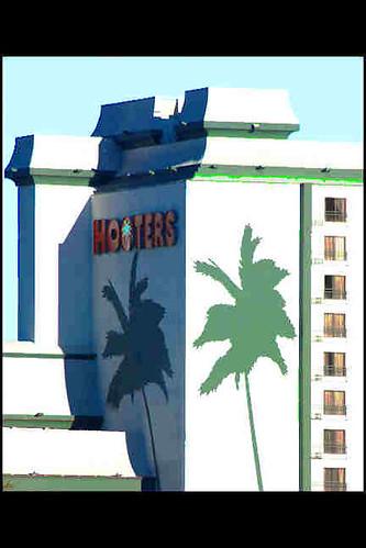 Hooters Las Vegas. Hooters, Las Vegas (enew24) by