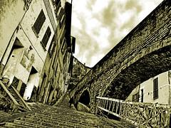 Senza voltarsi indietro (Perugia - Italy) (Stefano Minopoli) Tags: bridge italy house scale italia case ponte step perugia stefano eugenio senza montale paraca indietro anawesomeshot voltarsi minopoli minopolympus