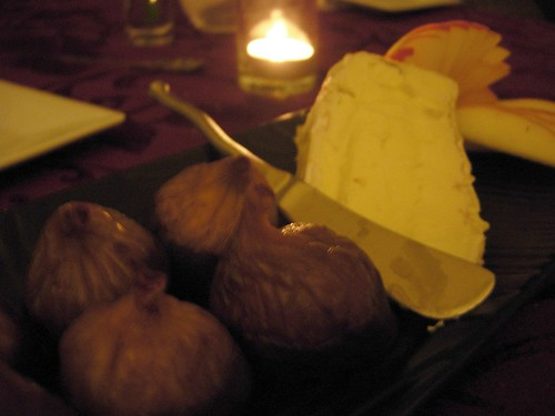 Figs and Delice in a DARK room