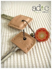 (adc_album) Tags: key keyholder