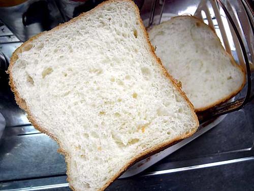 ホームベーカリーで2010年4月27日に作ったパン