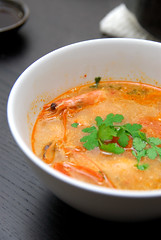 Herman's Kitchen: Tom Yum Kung (Herman Au - http://www.hermanau.com) Tags: hot soup thai spicy homecooking tomyumkung tomyumgoong tungyumkung