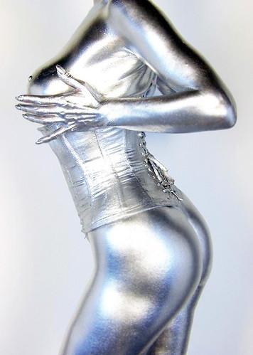 dita-von-teese-naked-silver-07