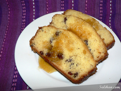 Sultana Syrup Cake