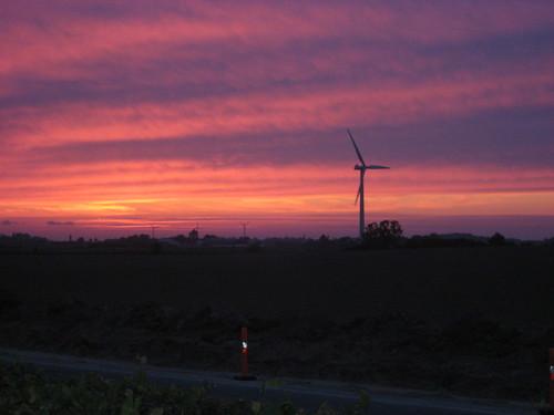 Sunset on Mon