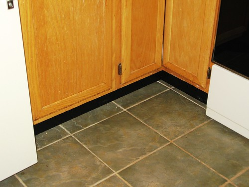 kitchen_baseboard2