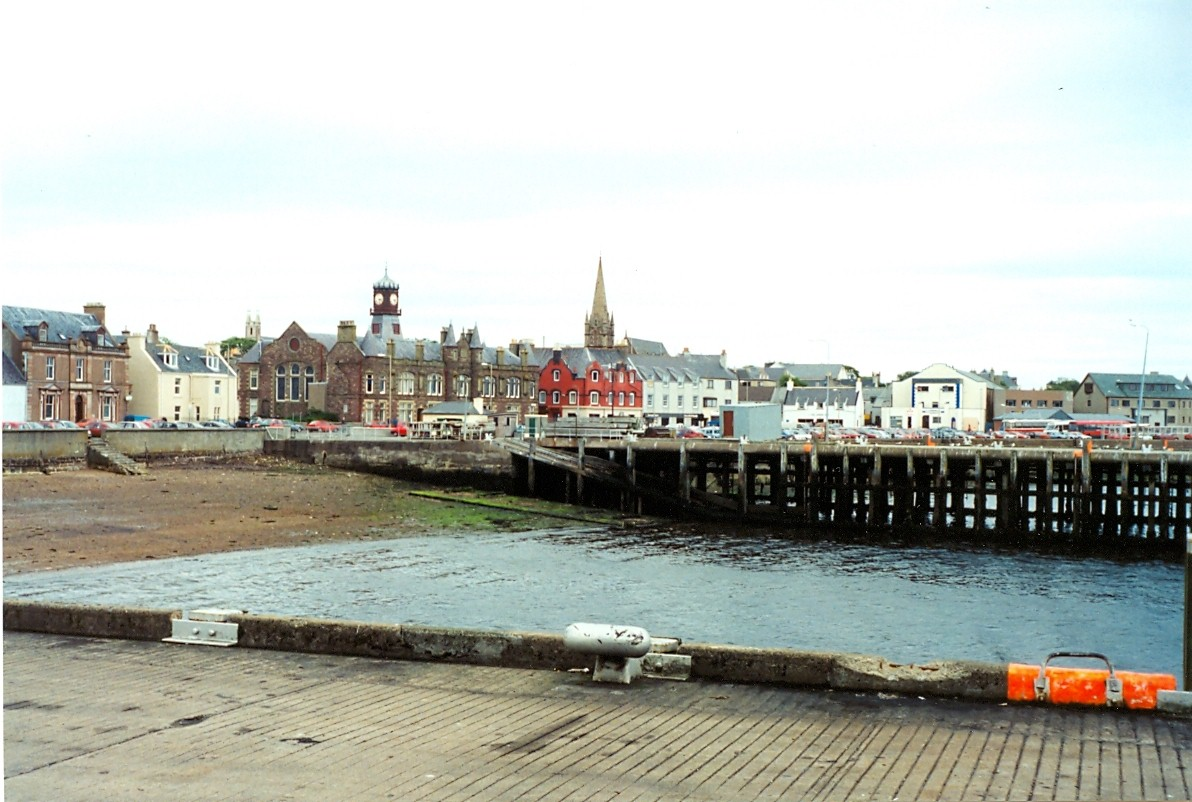 Stornoway from no 1 pier, 25 July 1994