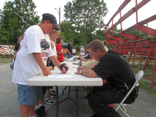 Ken Cassidy Signs an Autograph for a fan.