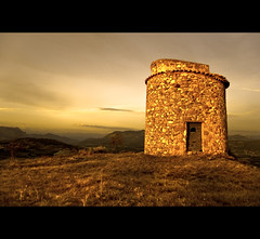The ancient dovecote (Yannick Garcin) Tags: france europe frances masterpieces pigeonnier dovecote hautesalpes upaix oldandbeautiful favemegroup5