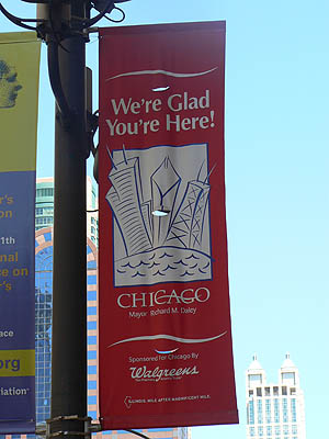 chicago, we're glad you're here !.jpg