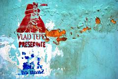 dracula (mrfrizzi) Tags: monster photoshop graffiti vampire tag ad dracula saturation vampiro transilvania thewall stoker vlad mostro cluj napoca clujnapoca pubblicit ilmuro d60 cityart erdely saturazione challengeyouwinner anawesomeshot contedracula kolozvar thechallengefactory