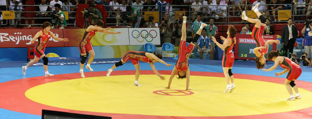 Saori Yoshida cartwheel