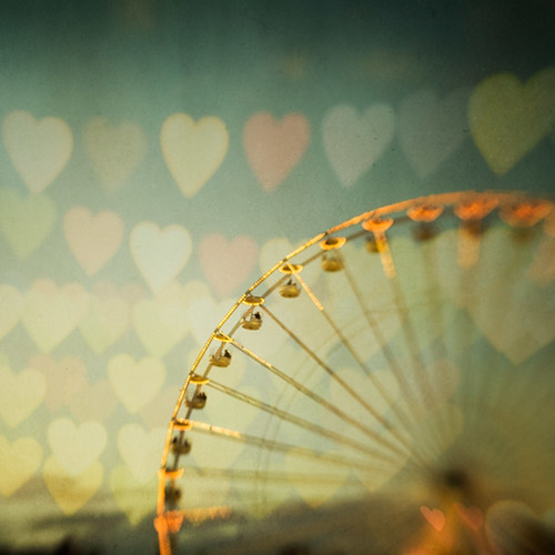 Love is in the air by IrenaS.