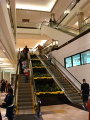 The Pavilion at King of Prussia (former A&S and Strawbridge & Clothier) (Joe Architect) Tags: travel philadelphia retail mall pennsylvania escalator pa departmentstore philly 2008 strawbridges movingstairs kingofprussia kingofprussiamall as abrahamandstraus strawbridgeandclothier stawbridges