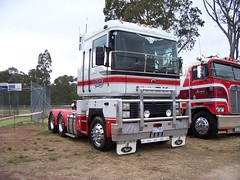 Castlemaine Truck Show 034 (jacqui52) Tags: truck australia mack coe magnum cabover castlemainetruckshow