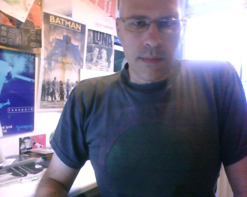 Modelling my 1990 Galaxie 500 T-shirt