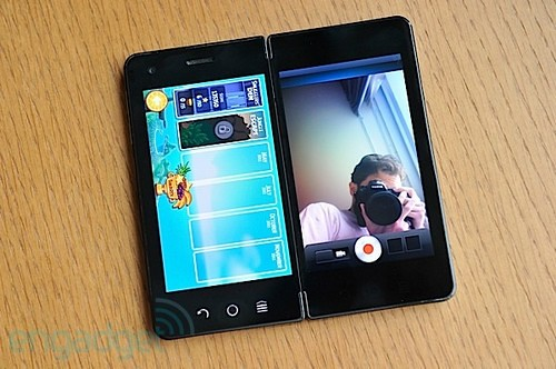 雙屏Android 手機