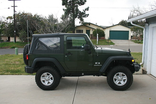 2007 Jeep Wrangler X 2dr For Sale 18,750 Obo. Dark Green, 28,000 Miles,  Soft Top Only. Automatic Transmission, Dana 44 Rear W/LSD, 4.10 Gears, ...