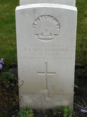 0135 Mac Dougall I.L. (golli43) Tags: berlin cemetery germany memorial soldiers westend charlottenburg wargraves secondworldwar britishsoldiers australiansoldiers heerstrasse alliedsoldiers