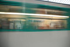 Mtro - 21 (Stephy's In Paris) Tags: paris france underground subway nikon metro mtro francia stephy mtroparisien mtropolitain d80 nikond80 mtrodeparis stephyinparis
